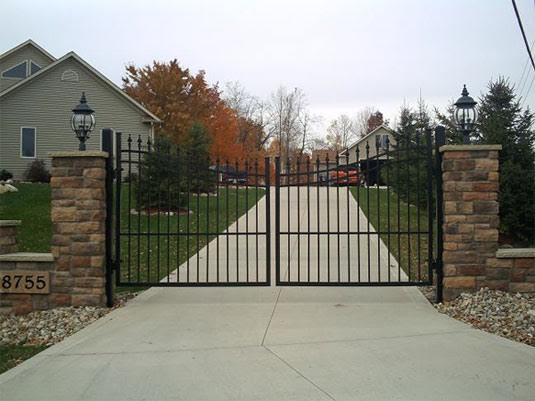 Aluminum Arched Double Drive Gates - with Spears